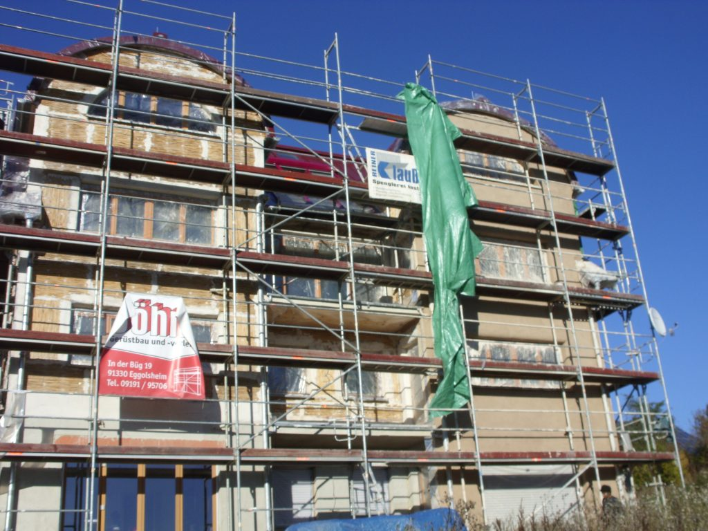 Residential building: insulation and plastering